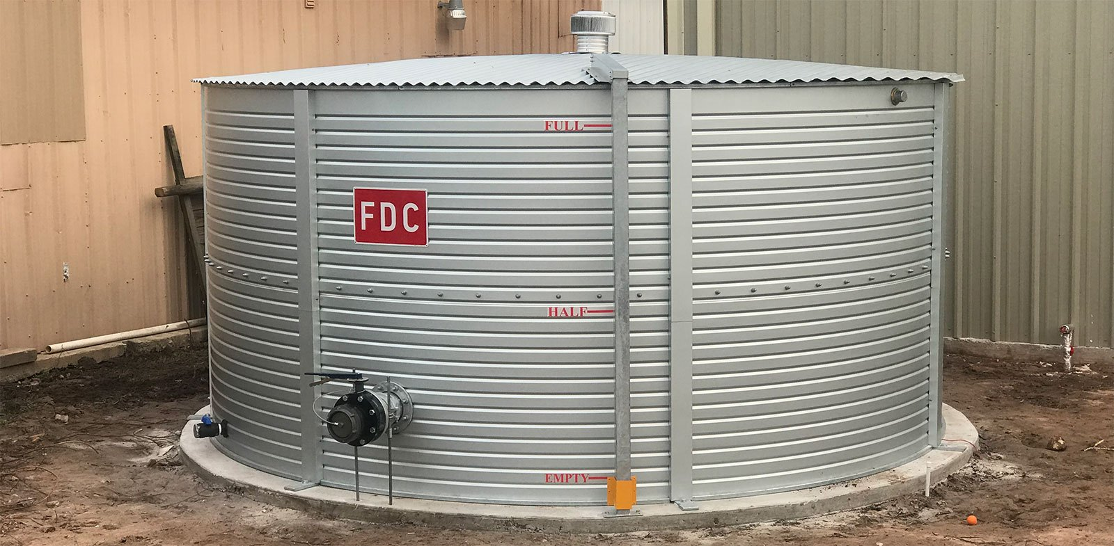 Well water tank 10,000 gallons with fire fittings